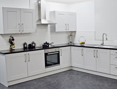 Special Offer Kitchen, Units Shown Plus Worktop For   £970.00 (Oven, Hob, Extractor, Sink & Tap Extra, Ask in Store)