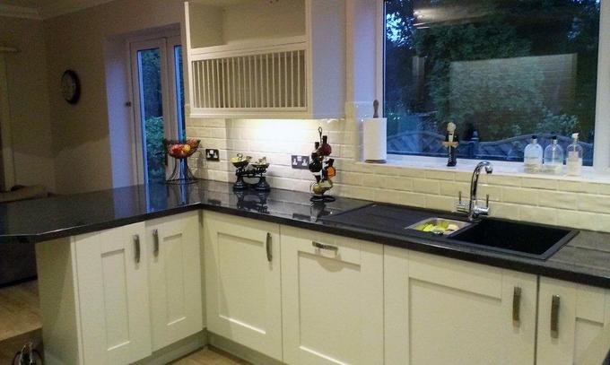 Prima Olympus Gloss Laminate Kitchen Worktop photo - 6