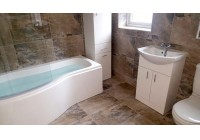 P-shaped Showerbath and Vanity Unit Suite