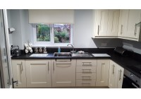 Connoisseur Milbourne Alabaster & Black Laminate Worktops